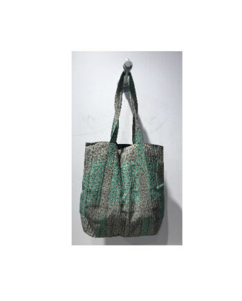 Foto af Black Colour Luna Quilt Bag Green Izzy